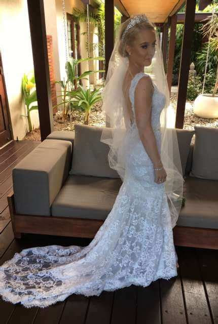 Berta   Size 8 Fit and Flare dress   Second hand wedding