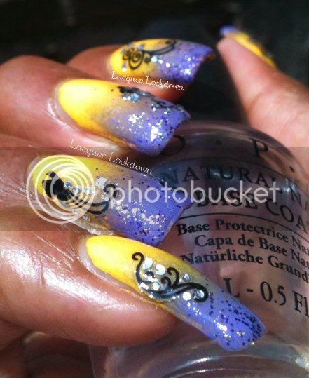 Windestine's Glitter Gradient Butterfly Mani