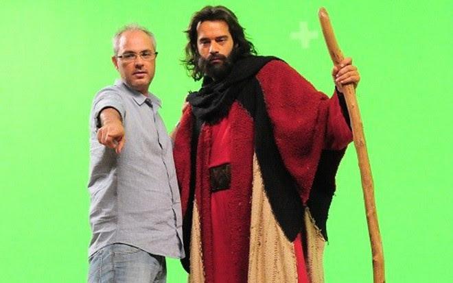 Alexandre Avancini dirige Guilherme Winter em gravação de cena de Os Dez Mandamentos - Munir Chatack/Record