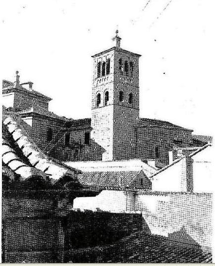"""Iglesia de San Román en 1908. """"Revista Por esos mundos"""""""