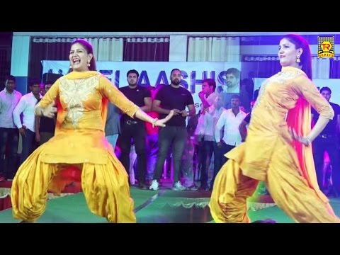 "Sapna choudhary dance video on ""bandook chalegi"""