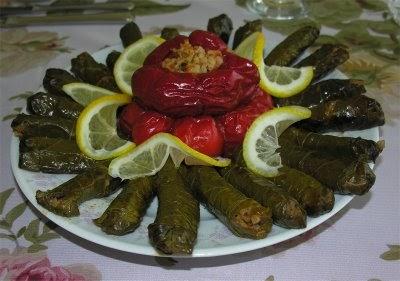 Zeytinyağlı Sarma & Kırmızı Biber Dolması