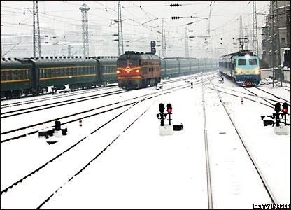 暴雪下的武汉汉口火车站(27/1/2008)