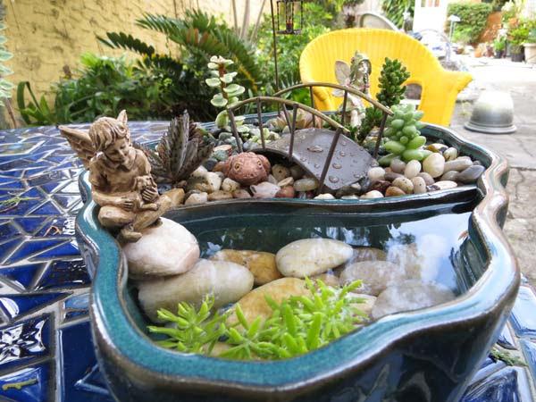 mini-pond-in-a-pot-woohome-19