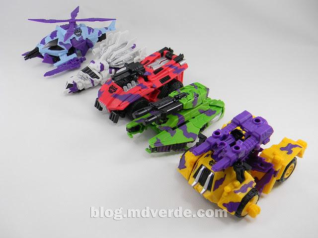 Transformers Bruticus G2 Fall of Cybertron - modo alterno Combaticons