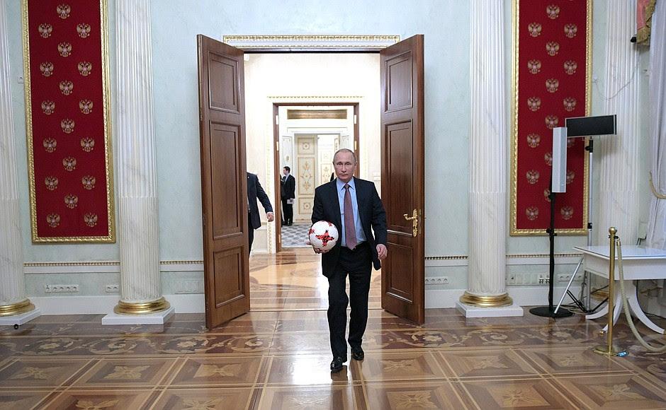 Позавершении встречи спрезидентом ФИФА Джанни Инфантино.