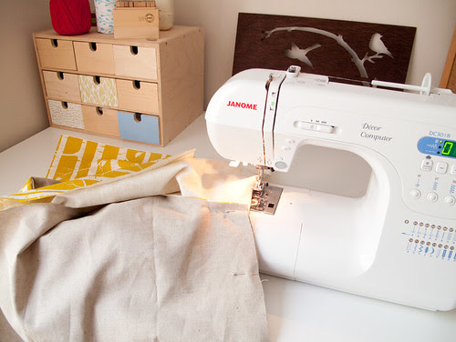 making sling bag by birds & trees