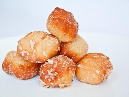 Plain doughnut holes?