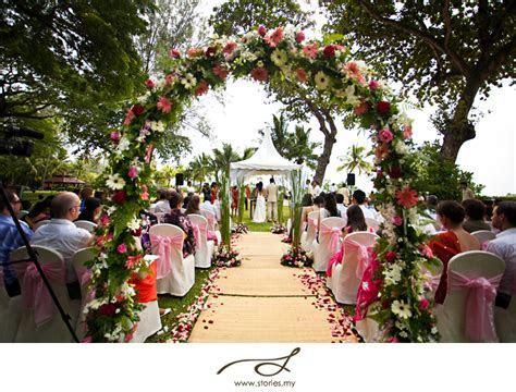 Garden wedding at Shangri La?s Rasa Sayang, Penang: Greta