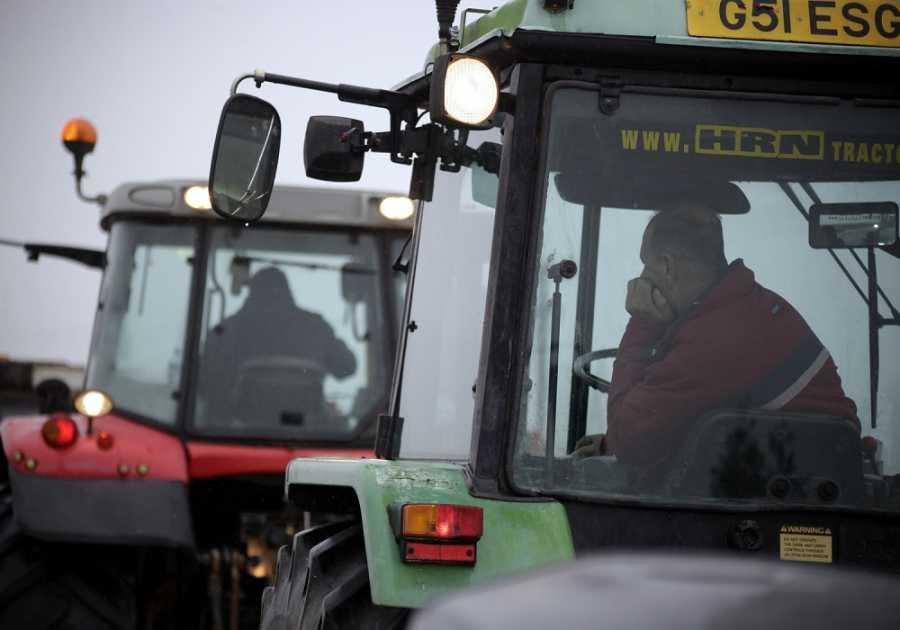 Στα δικαστήρια οι αγρότες για το «μπλόκο» της Νίκαιας το 2013