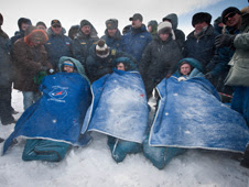 201103160005hq -- Expedition 26 crew members