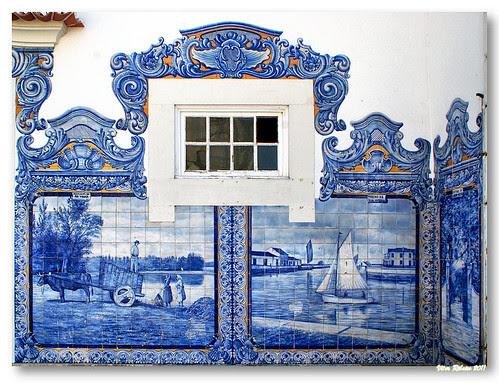 Painel de azulejos na Estação de Aveiro #3 by VRfoto