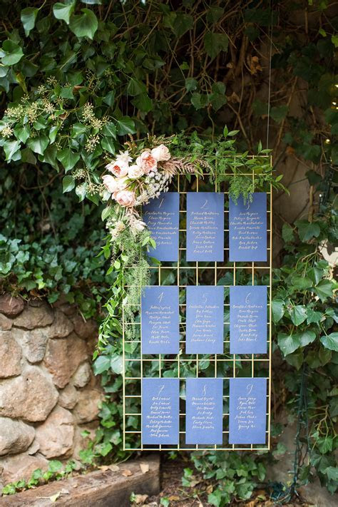 These type of hanging metal grids with floral attached
