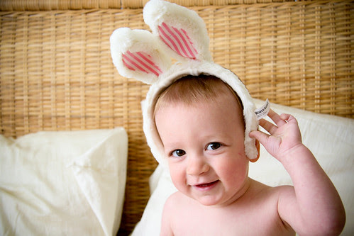 """Happy Easter!"" says this funny bunny."