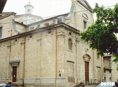 Monte Falco Iglesia
