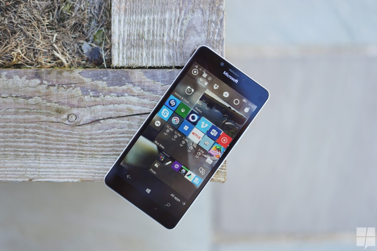 Opinion: A Modest Proposal that could Save Windows Phone ...