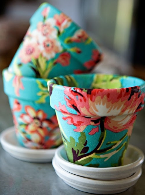 I am so in love with these Fabric Covered Pots (by Ashleyannphotography).