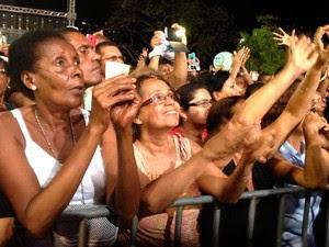 Padre Fábio de Melo em Salvador (Foto: Alan Alves/G1)