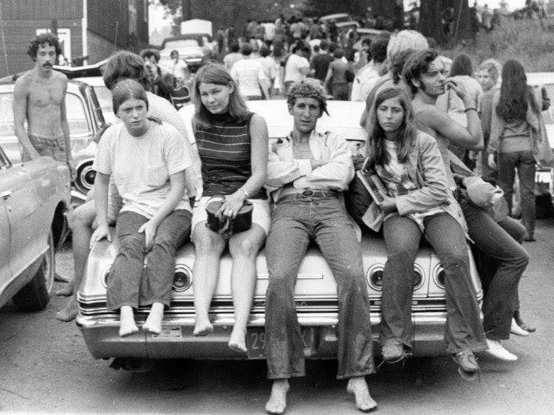 File:Woodstock-kids.jpg
