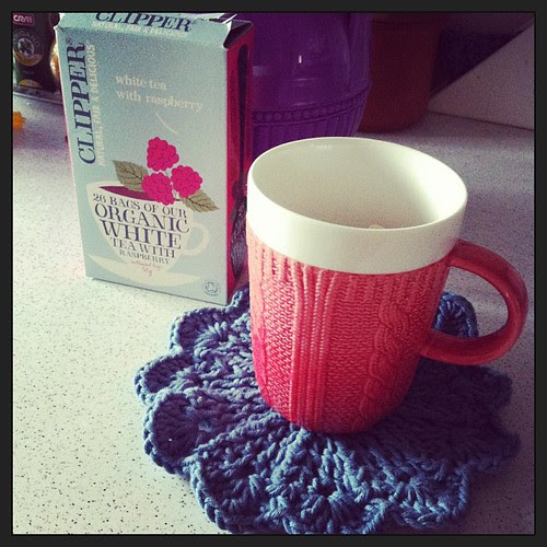 Preparing tea:) Preparando il tè:)