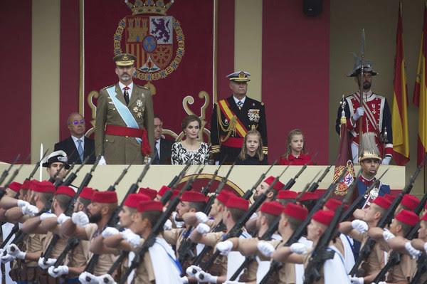 spanishroyalsattendnationaldaymilitarywibf2kph-kkl