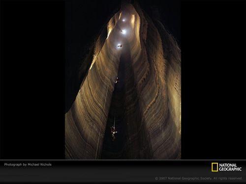 ellisons-cave