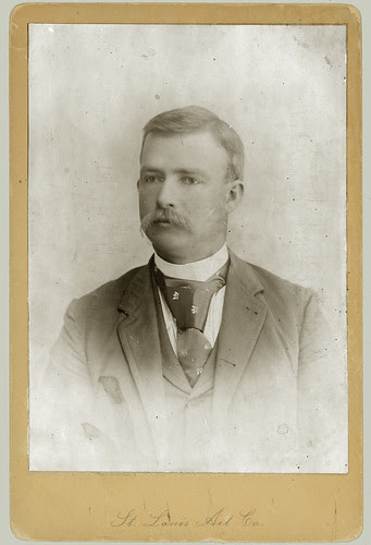 Cabinet Card man with tie