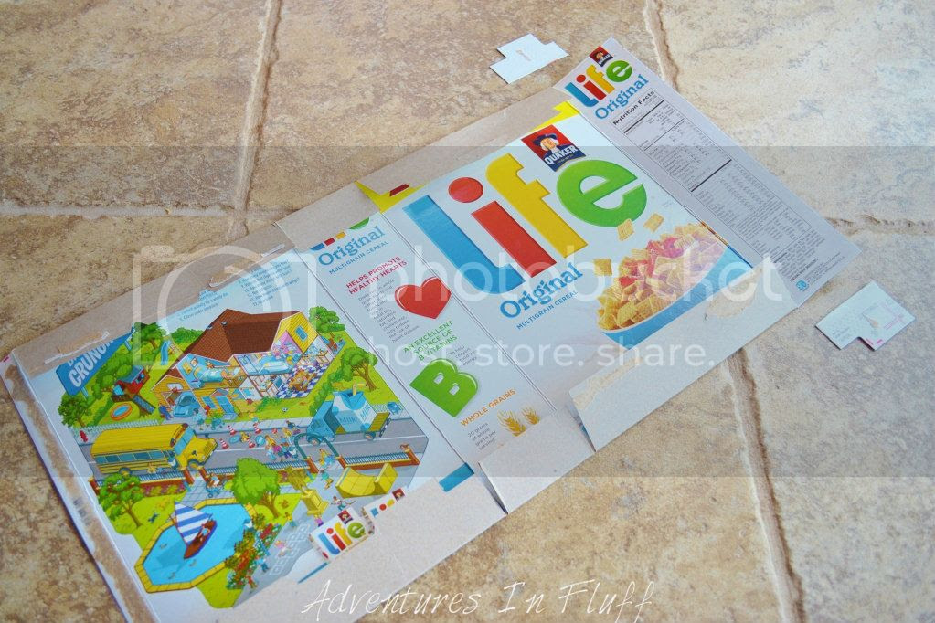 Upcycle a cereal box into a shipping envelope - Fold in flaps