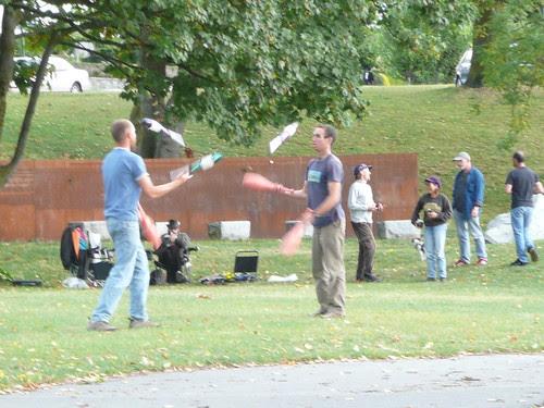 Jugglers near Vancouver's Seawall