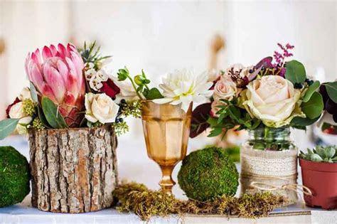 10 budget friendly centrepiece ideas   Easy Weddings UK