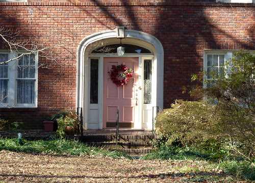 P1000225-2010-01-13-Druid-Hills-Pink-Door-Medium-Shot