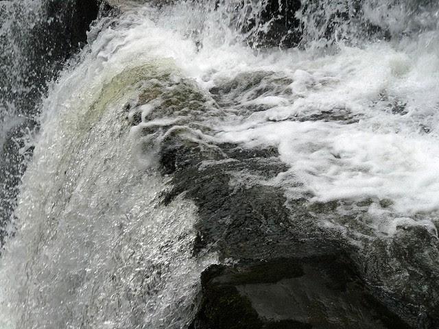25515 - Ystradfellte Waterfalls