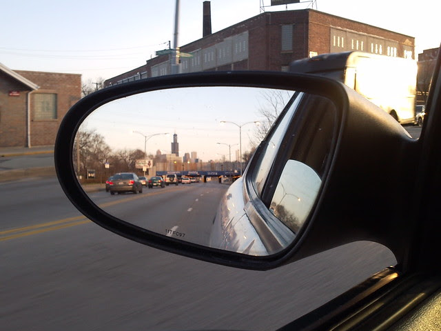 2010-03-22 18.28.26 Chicago, Willis Tower in mirror