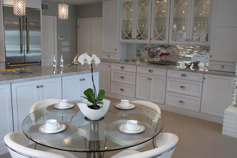 contemporary kitchen by Bella Spazio