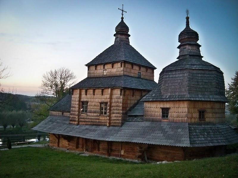 Деревянные церкви Украины