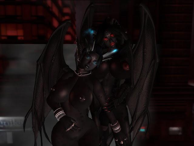 Kiki+Lilith_001