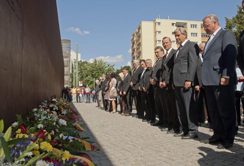 51 años del inicio de construcción del muro de Berlín