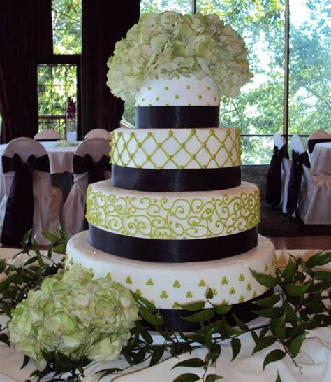 Wedding Cakes Columbus Ohio   Wedding and Bridal Inspiration