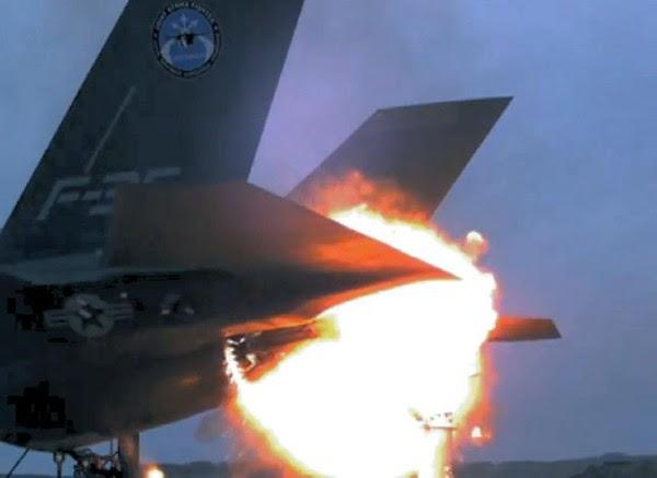 Base de F-35A Eglin puede haber sido dañado de tal manera que no se puede reparar. La imagen de arriba no es lo que pasó.