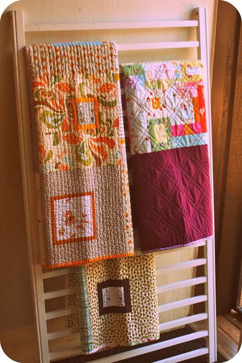 Crib Rail Quilt Display!   I'm gonna be looking at Craigslist for a crib!