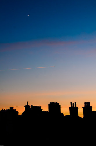 Edinburgh Rooftops by Jim Monan