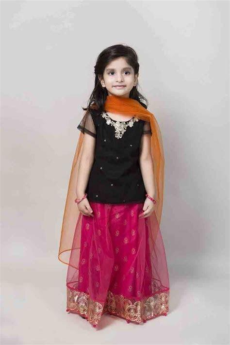 latest kids eid dresses for little girls in Pakistan 2017