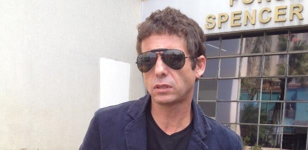 Sertanejo Hudson presta depoimento em Limeira sobre porte ilegal de arma