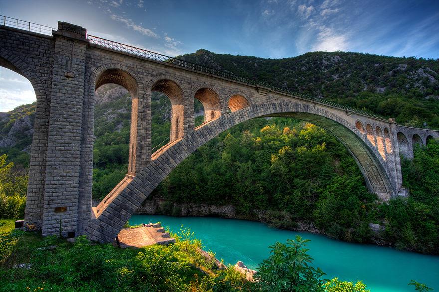 vecchi-antichi-ponti-misteriosi-nel-mondo-05