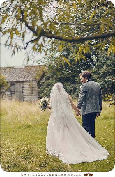 Rustic barn wedding Suffolk - www.helloromance.co.uk