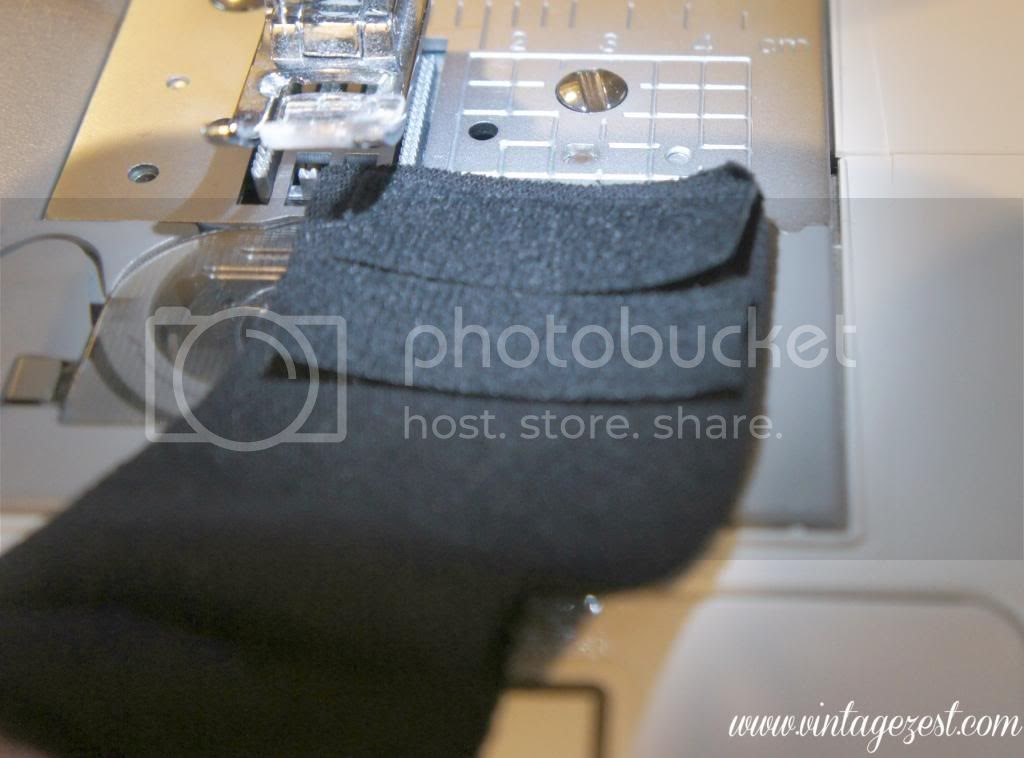 photo BabyBibfromT-shirt9_zps7b3ef457.jpg