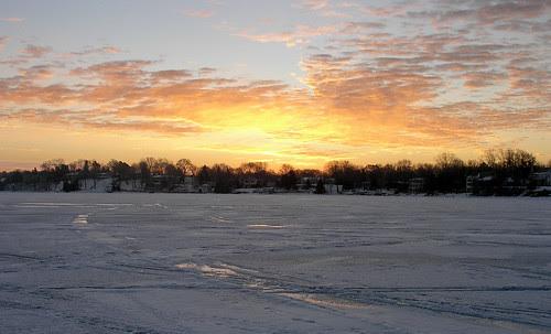 A Saturday morning walk on the lake