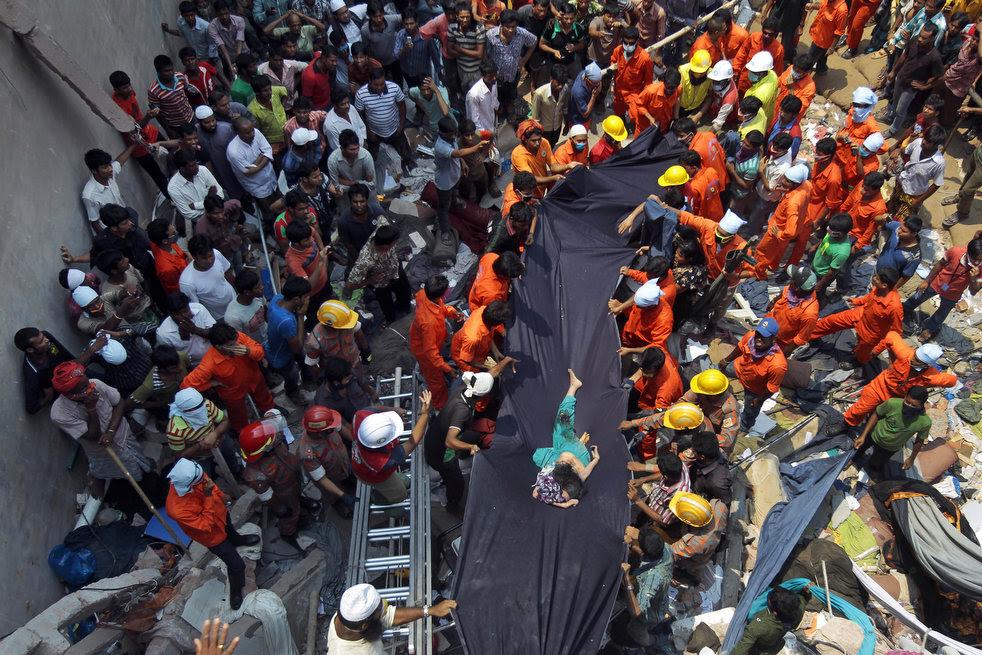 bangladesh_building_collapse_07.jpg
