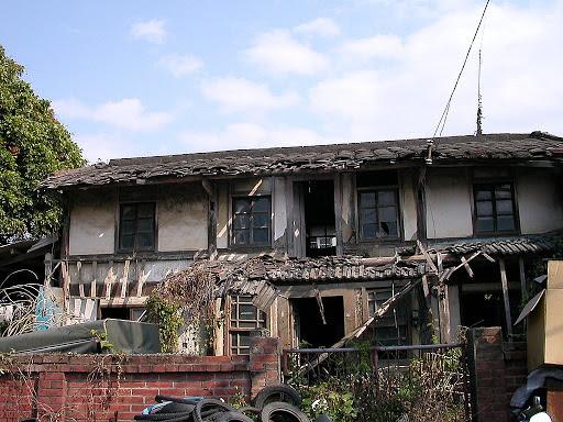 玉豐國小附近的廢棄屋