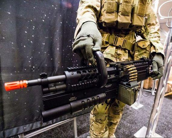 Peralatan2 Perang Keren buatan Sipil !